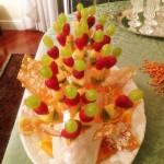 Composta di frutta fresca con cristalli di zucchero alle nocciole 1